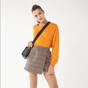 UO houndstooth fray wrap skirt 🐵